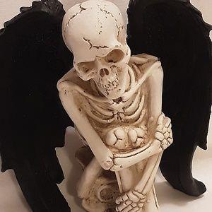 Other - Gothic Fallen Angel Figurine